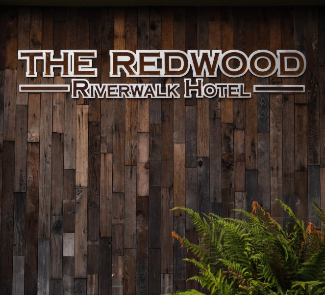 The-Redwood-Sign-Long