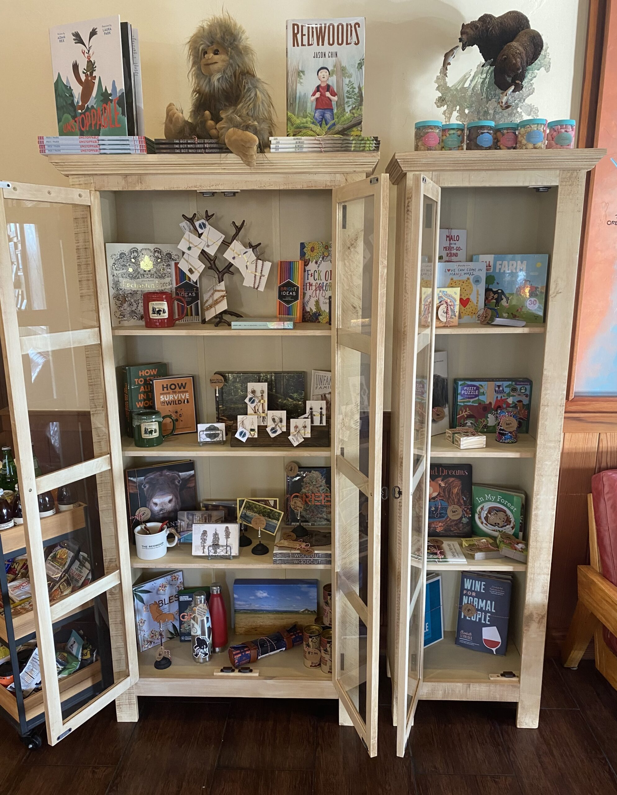 Shelving unit at TR Mercantile in The Redwood Hotel full of gift items